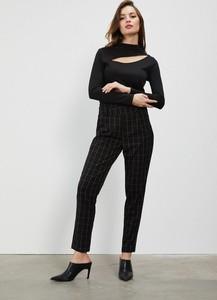 Czarne spodnie Moodo w stylu klasycznym