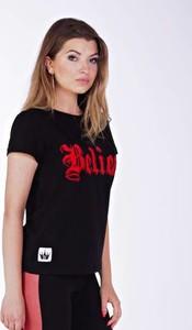 T-shirt Kingsize w stylu casual