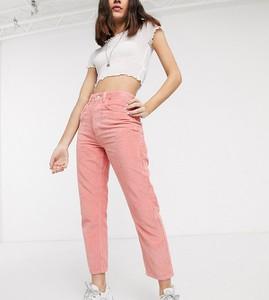 Różowe jeansy Reclaimed Vintage