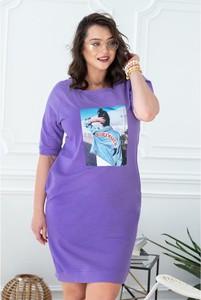 Fioletowa sukienka Sklep XL-ka z okrągłym dekoltem z długim rękawem