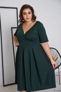 Zielona sukienka tono.sklep.pl z dekoltem w kształcie litery v mini
