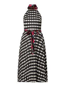 Sukienka Forever Unique z okrągłym dekoltem w stylu casual bez rękawów