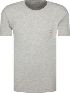 T-shirt Guess w stylu casual z krótkim rękawem