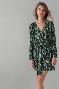8e3feabb26449 Zielona sukienka Mohito mini z długim rękawem kopertowa