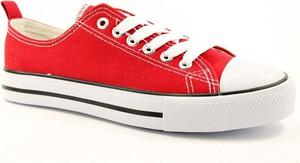 Czerwone trampki American Club z tkaniny z płaską podeszwą niskie