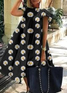 Sukienka Sandbella mini z krótkim rękawem