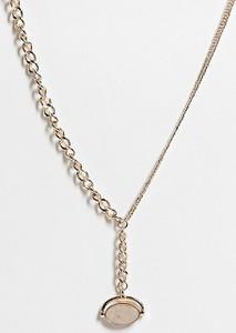 Reclaimed Vintage Inspired – Naszyjnik w kolorze złota ze skręconym łańcuszkiem i obrotowym wisiorkiem z kamieniem-Złoty