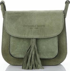 Zielona torebka VITTORIA GOTTI ze skóry z frędzlami w stylu casual