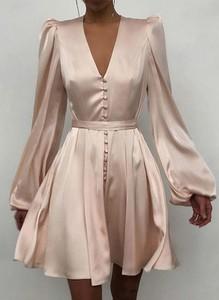 Sukienka Sandbella w stylu casual z długim rękawem kopertowa