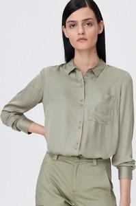 Zielona koszula Sinsay z długim rękawem z kołnierzykiem
