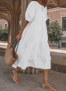 Sukienka Arilook w stylu boho z długim rękawem
