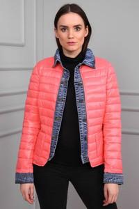 Różowa kurtka modoline w street stylu