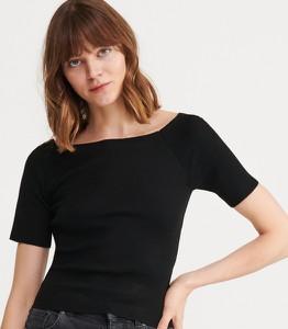 Czarna bluzka Reserved z krótkim rękawem w stylu casual
