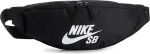 Czarna saszetka Nike