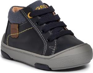 Czarne buty dziecięce zimowe Geox sznurowane