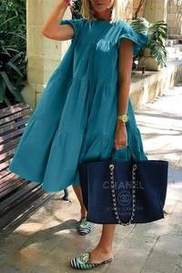 Niebieska sukienka IVET z okrągłym dekoltem oversize