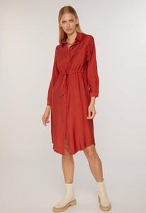 Czerwona sukienka FEMESTAGE Eva Minge z długim rękawem w stylu casual