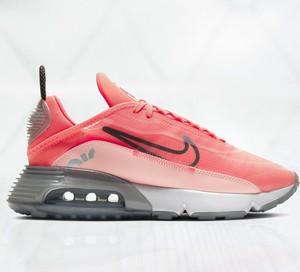 Pomarańczowe buty damskie Nike, kolekcja lato 2020
