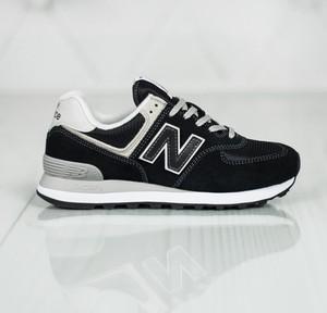 Czarne buty sportowe New Balance na koturnie 574