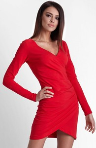 Czerwona sukienka Moda Dla Ciebie z długim rękawem mini kopertowa