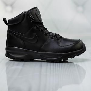 Granatowe buty zimowe Nike sznurowane w stylu casual