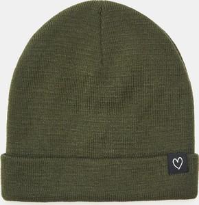 Zielona czapka Sinsay