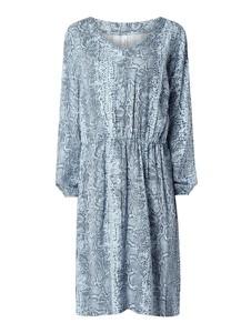Niebieska sukienka Sheego w stylu casual z długim rękawem