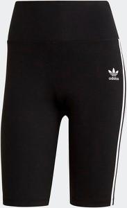 Czarne szorty Adidas Originals w sportowym stylu