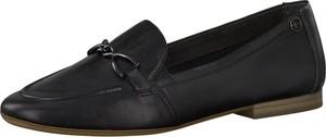 Czarne półbuty Tamaris w stylu casual z płaską podeszwą