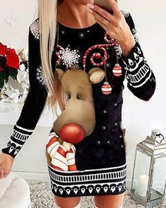 Sukienka Kendallme w bożonarodzeniowy wzór