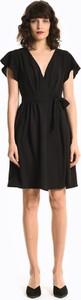 Czarna sukienka Gate rozkloszowana z krótkim rękawem mini