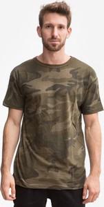 Zielony t-shirt Urban Classics z bawełny z krótkim rękawem