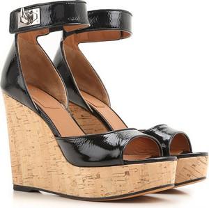 Sandały Givenchy w stylu casual ze skóry na koturnie