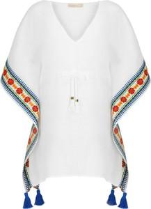 Bluzka Tory Burch w młodzieżowym stylu