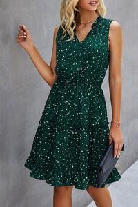 Zielona sukienka IVET bez rękawów z dekoltem w kształcie litery v