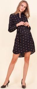 Czarna sukienka Royalfashion.pl mini asymetryczna