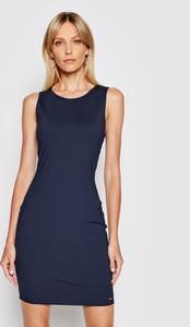 Sukienka Armani Exchange z okrągłym dekoltem bez rękawów dopasowana