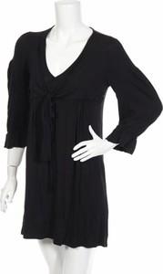 Czarna sukienka Noa Noa z dekoltem w kształcie litery v mini w stylu casual