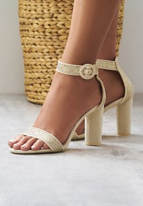 Sandały Multu z klamrami
