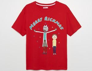 Czerwony t-shirt Cropp z okrągłym dekoltem z krótkim rękawem