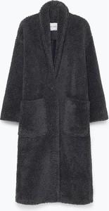Czarny płaszcz American Vintage z wełny