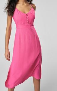 Różowa sukienka Trendyol z dekoltem w kształcie litery v