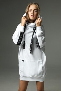 Sukienka Madnezz z bawełny midi z długim rękawem