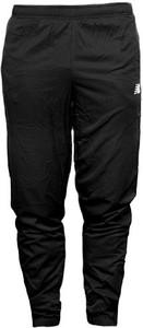 Czarne spodnie New Balance z dresówki