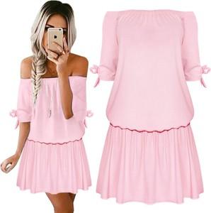 Różowa sukienka magmac