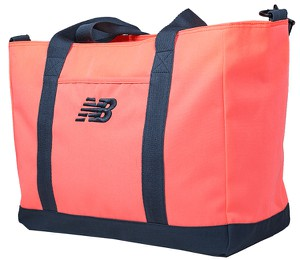Różowa torba sportowa New Balance