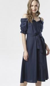 Granatowa sukienka born2be