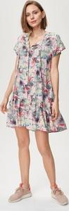 Sukienka FEMESTAGE Eva Minge mini z okrągłym dekoltem z tkaniny