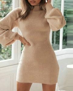 Sukienka Kendallme z golfem z długim rękawem w stylu casual