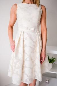 Sukienka Jersa bez rękawów